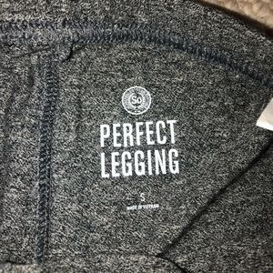 SO Pants - 🌟2/$15🌟 NWT Gray Leggings